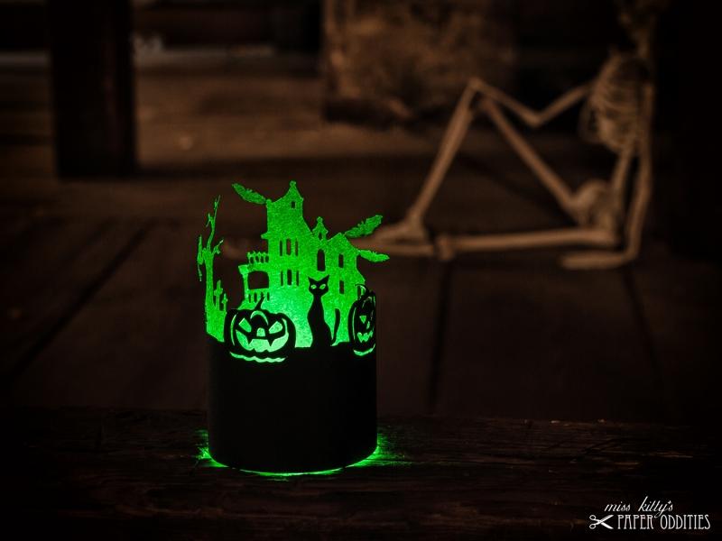 Kleinesbild - Windlicht-Bastelbogen »Halloween« zum Beleuchten mit einem (LED)-Teelicht
