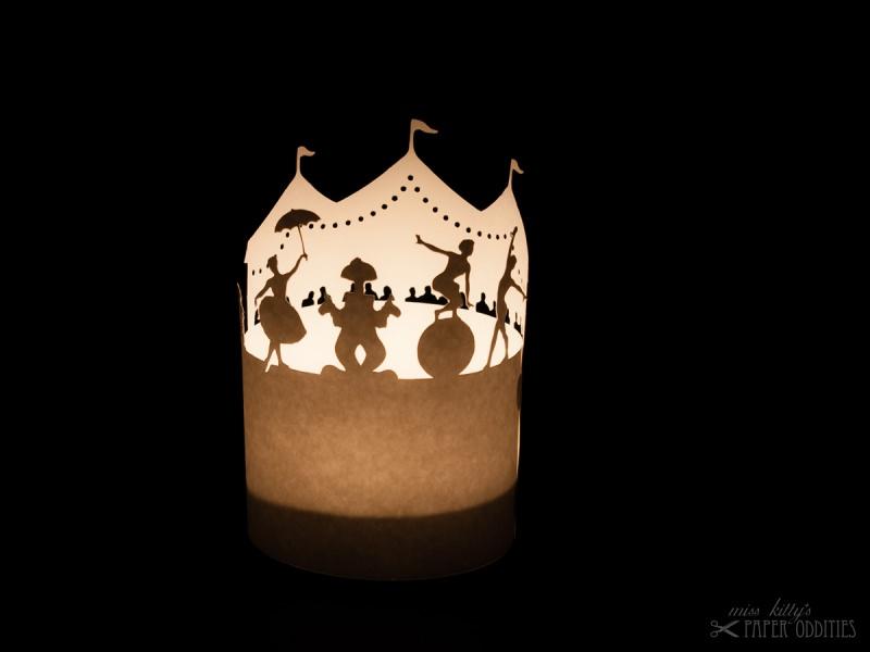 - Windlicht-Bastelbogen »Zirkus« zum Beleuchten mit einem (LED)-Teelicht - Windlicht-Bastelbogen »Zirkus« zum Beleuchten mit einem (LED)-Teelicht