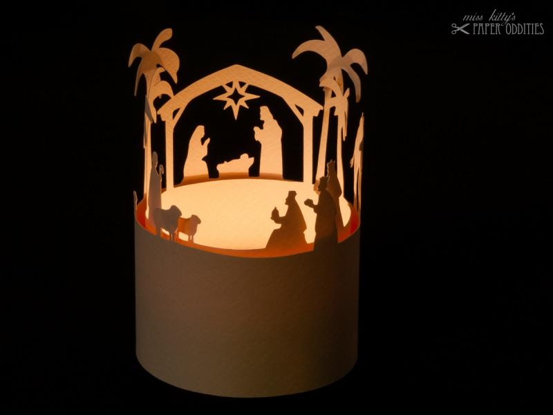 - Windlicht-Bastelbogen »Christi Geburt« zum Beleuchten mit einem (LED)-Teelicht - Windlicht-Bastelbogen »Christi Geburt« zum Beleuchten mit einem (LED)-Teelicht