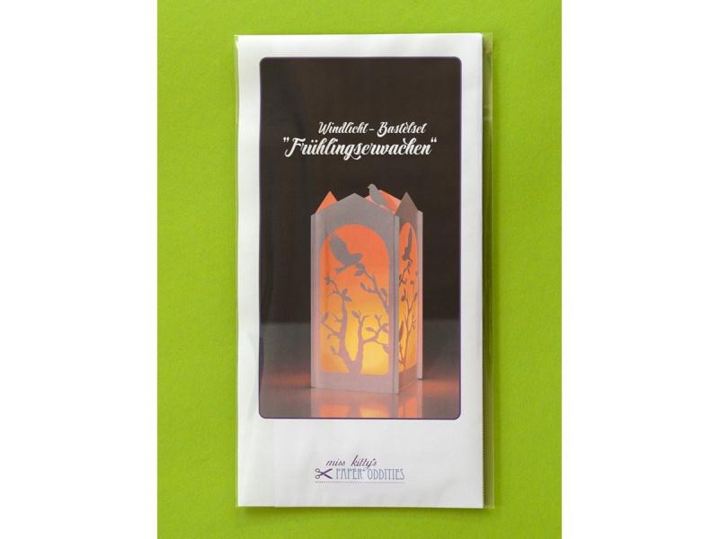 Kleinesbild - Windlicht-Bastelset »Frühlingserwachen« — 01.weiß, zum Beleuchten mit einem (LED)-Teelicht