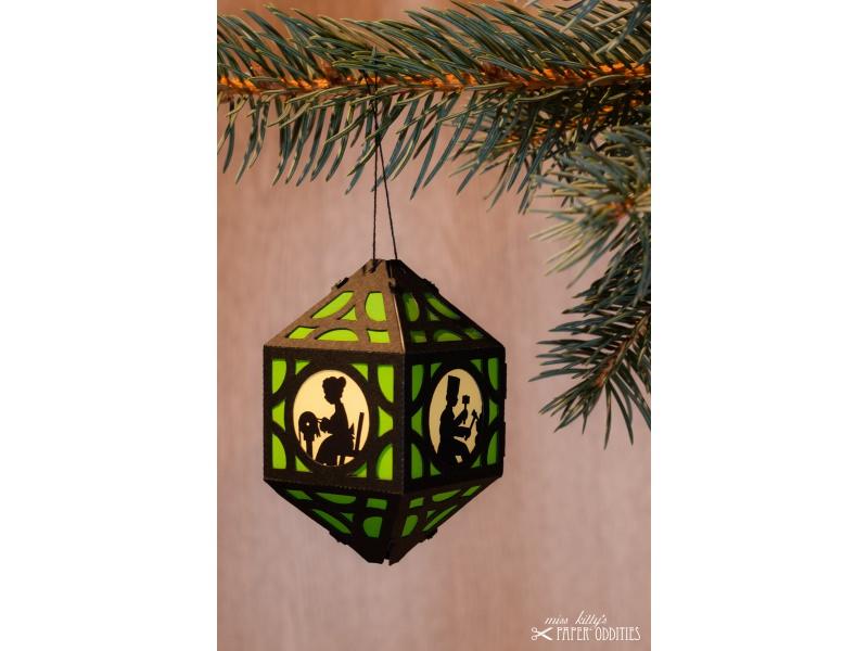 - Weihnachtliche Papierlaterne — 07.hellgrün - Weihnachtliche Papierlaterne — 07.hellgrün