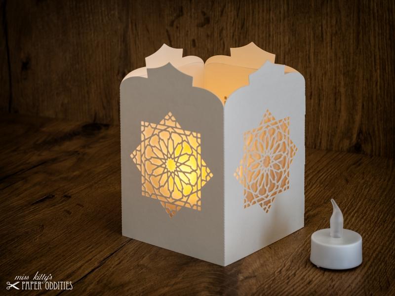 Kleinesbild - Windlicht-Bastelset »Orientalische Laterne« (perlweiß), zum Beleuchten mit (LED)-Teelicht oder Kerze
