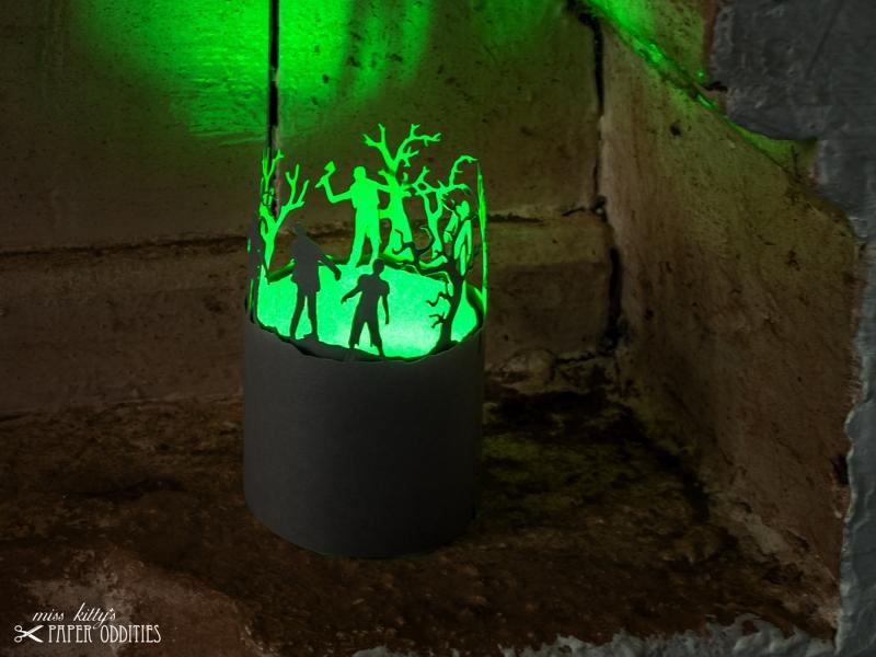 Kleinesbild - Windlicht-Bastelbogen »Zombies« zum Beleuchten mit einem (LED)-Teelicht