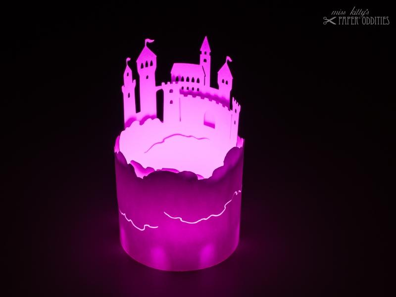 Kleinesbild - LED-Teelicht mit heller pinkfarbener Flamme, flackert nicht