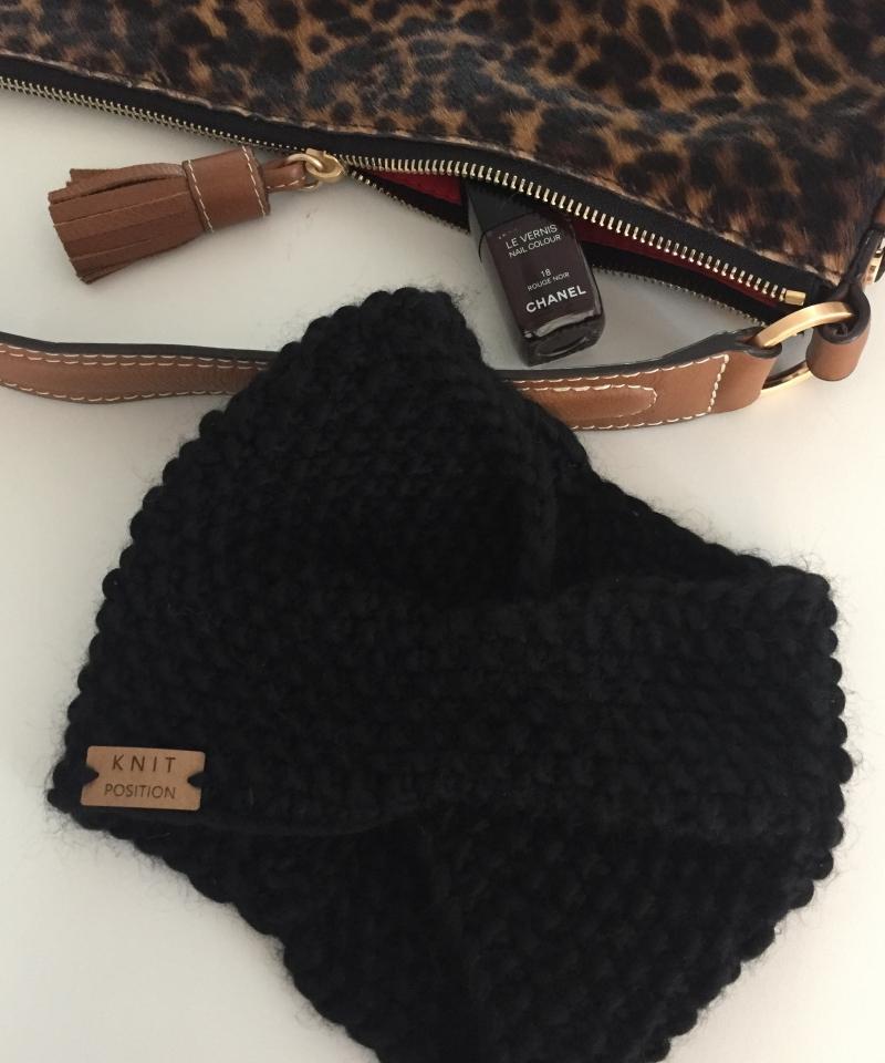 Kleinesbild - BLACK SWAN - gestricktes Stirnband aus 100% peruanischer Schafswolle