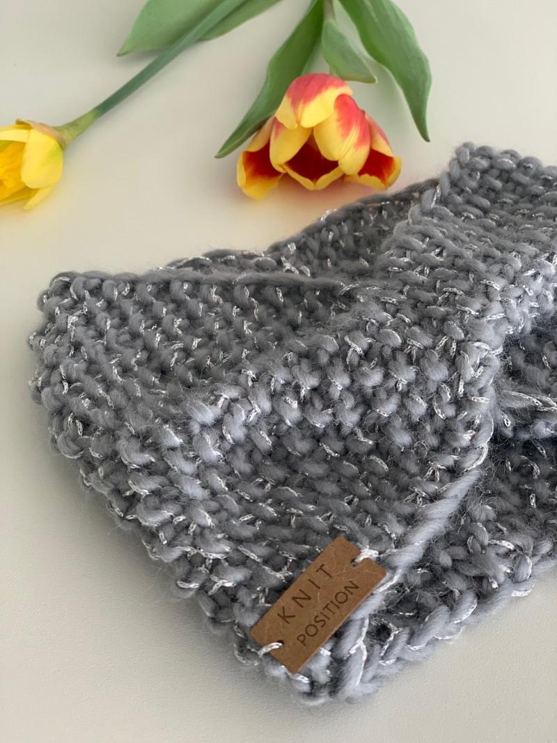 Kleinesbild - Schneekönigin - gestricktes Stirnband aus weicher Schafwolle mit Glitzergarn