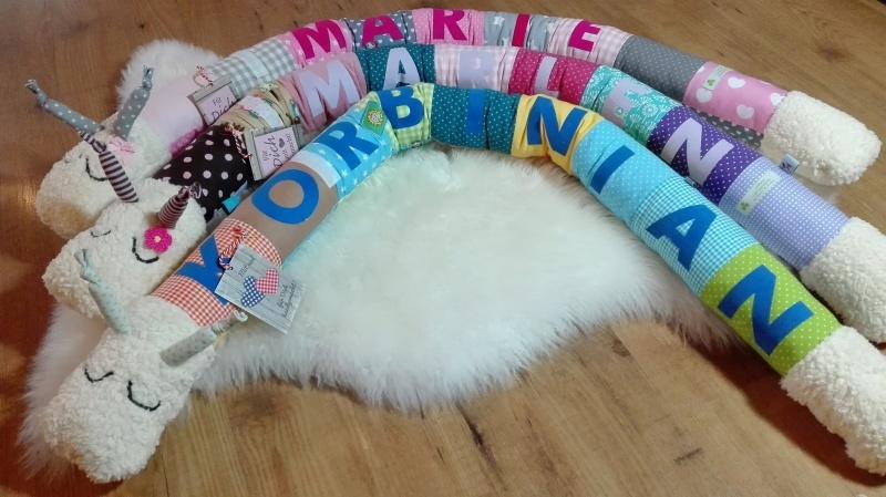 Kleinesbild - Lagerungskissen Schnecki für Babys♥Bettrolle Bettschlange Bettschnecke♥Name möglich♥blau Farbe/Muster individualisierbar