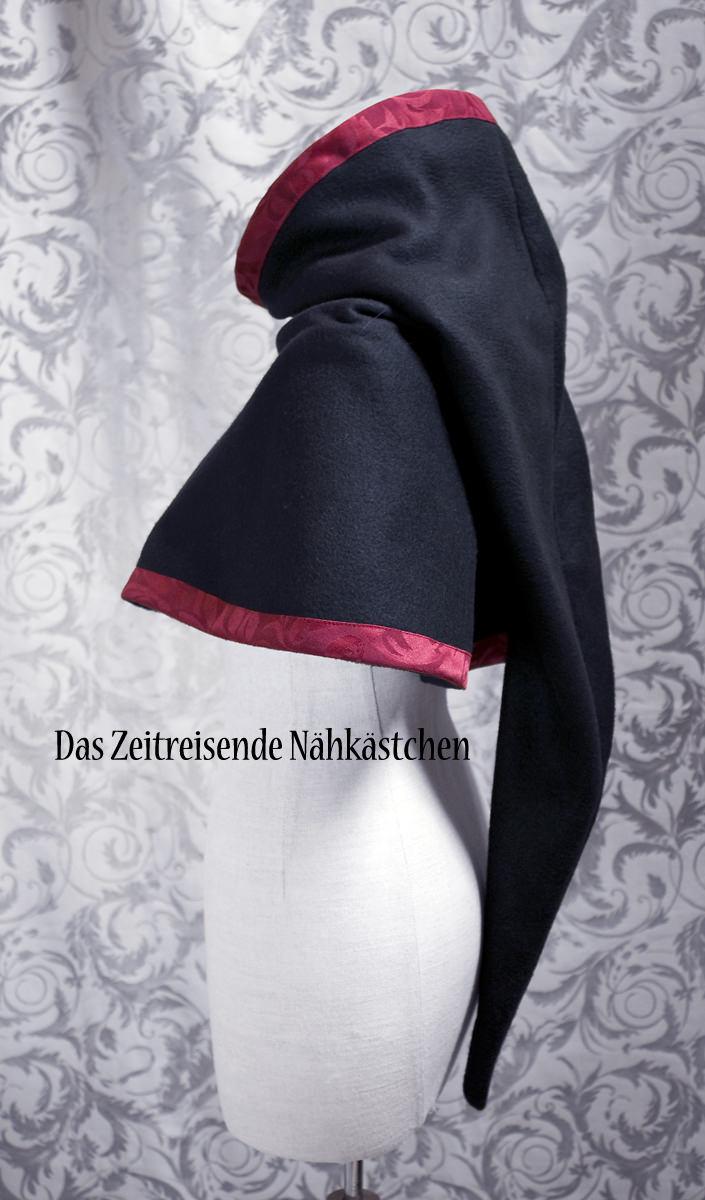 Kleinesbild - Mittelalterliche Gugel aus Fleece und Jaquard, schwarz und rot, Chaperon, Schal, Gothic