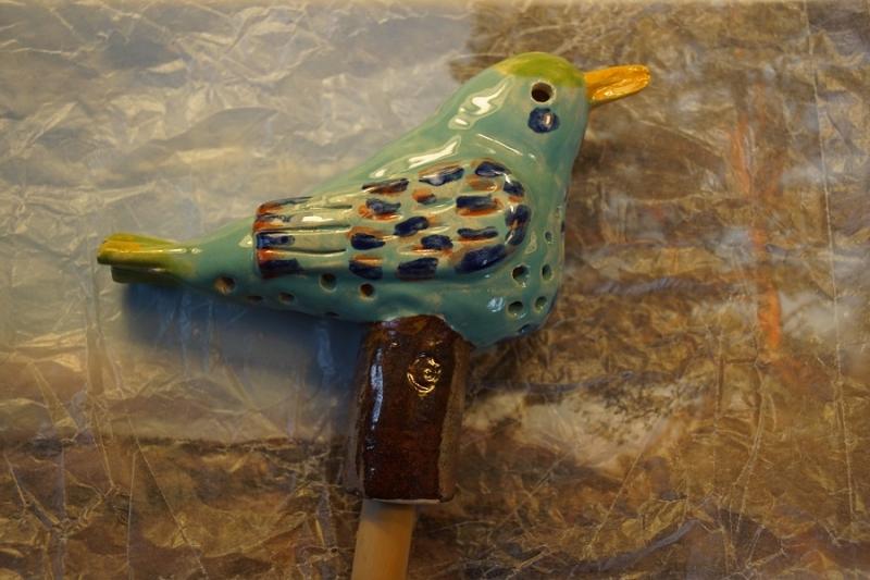 - Gartenvogelfigur(TÜRKIS) aus Ton, 13 cm, Originales Einzelstück aus eigener Keramikwerkstatt  - Gartenvogelfigur(TÜRKIS) aus Ton, 13 cm, Originales Einzelstück aus eigener Keramikwerkstatt