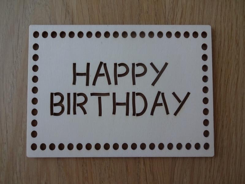 Kleinesbild - Glückwunschkarte aus Holz Happy Birthday