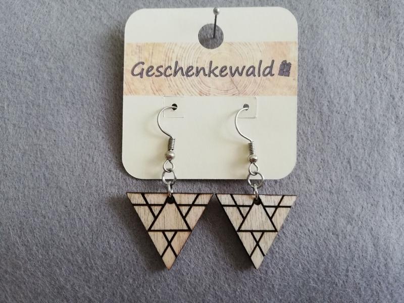 - Holzohrringe geometrisch - Dreieck mit Gravur, Holzschmuck - Holzohrringe geometrisch - Dreieck mit Gravur, Holzschmuck