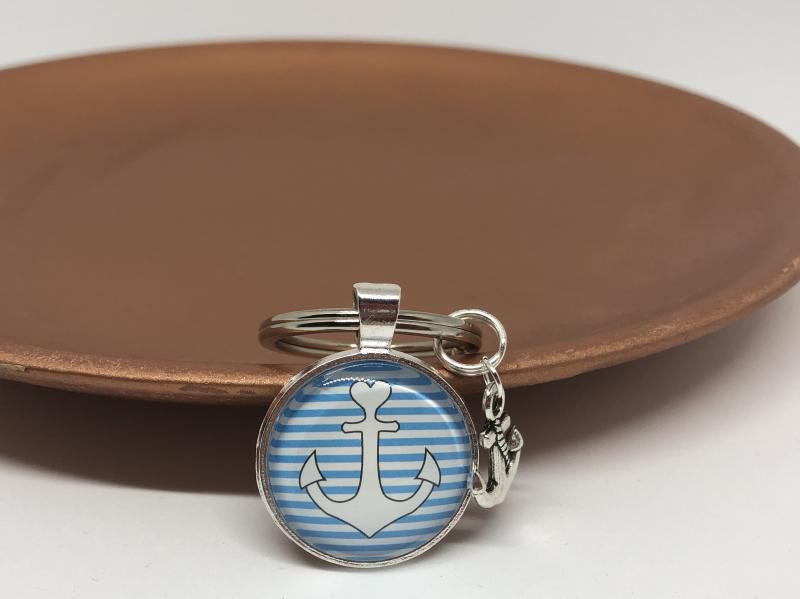 Kleinesbild - Schlüsselanhänger Glas Cabochon mit Anker Motiv und Anker Anhänger, Maritim  gestreift