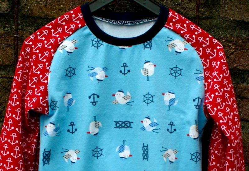 Kleinesbild - Langarmshirt KLEINE MÖWEN Anker Gr.98/104 Kind maritim hellblau rot weiß navy Longsleeves Junge Mädchen  Steuerrad Seemannsknoten
