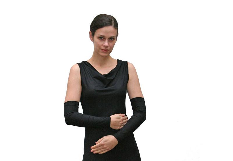 Kleinesbild - Basic Armstulpen aus Viskosejersey in schwarz