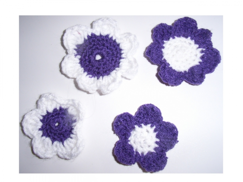 Applikationen : 4 Häkelblumen handmade gehäkelt Set ...