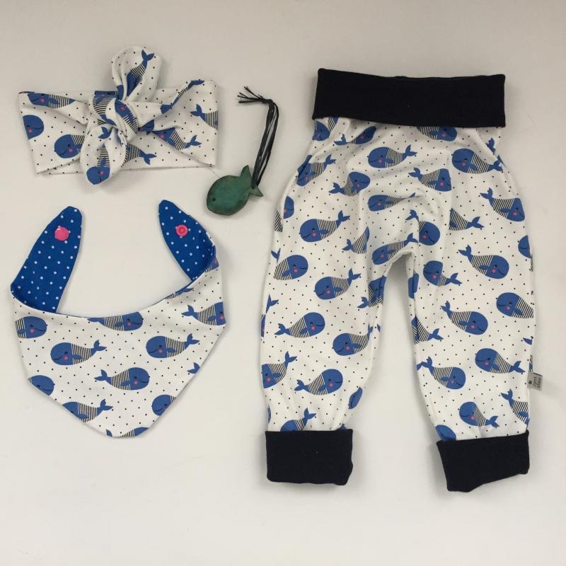 Kleinesbild - Mitwachshöschen  WALFISCH handmade von zimtbienchen Gr.44-80 Baby / Kind