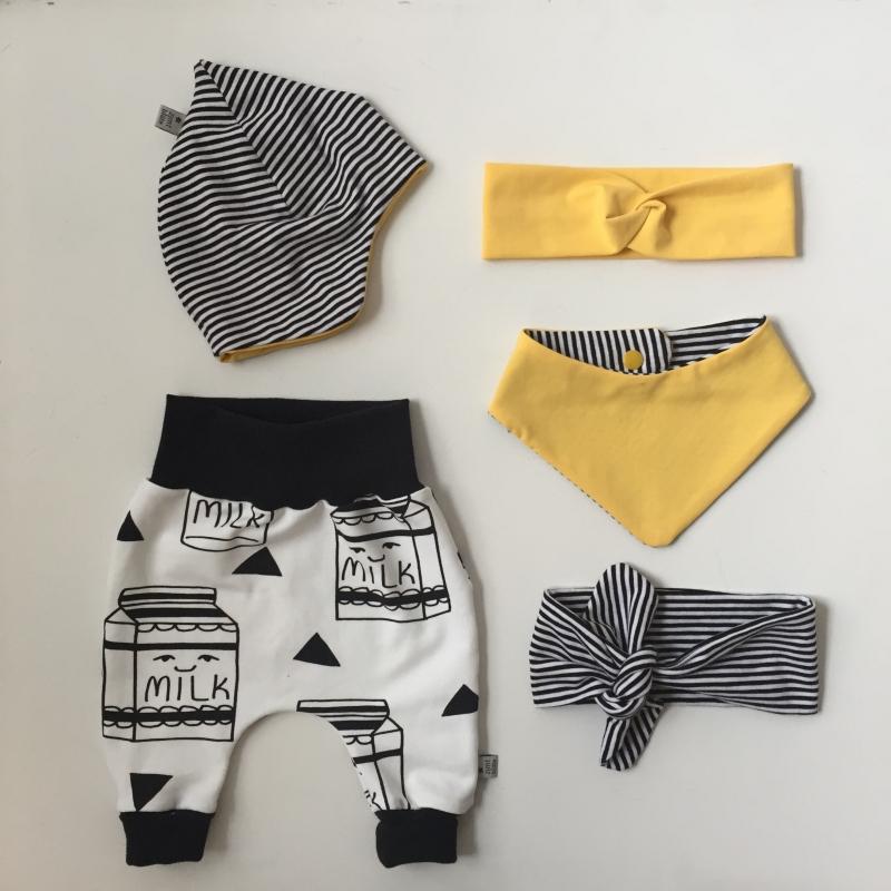 Kleinesbild - Mitwachshöschen  * MILKY *  44-80 Baby / Kind BIO  handmade vom zimtbienchen