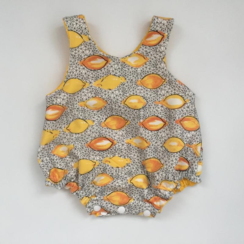 Kleinesbild - Romper Latzhose LIMONE  Spieler vom zimtbienchen 0-12 Monate  Strampler handmade
