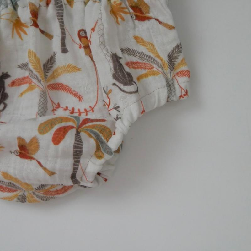 Kleinesbild - Musselin Bloomers mit PALMEN kurze Hose Handarbeit Windelhöschen von zimtbienchen für Baby / Kind