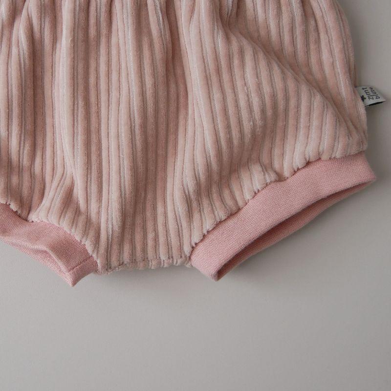 Kleinesbild - BUMMIE PUDERROSA Cordjersey kurze Hose Handarbeit Windelhöschen von zimtbienchen für Baby / Kind