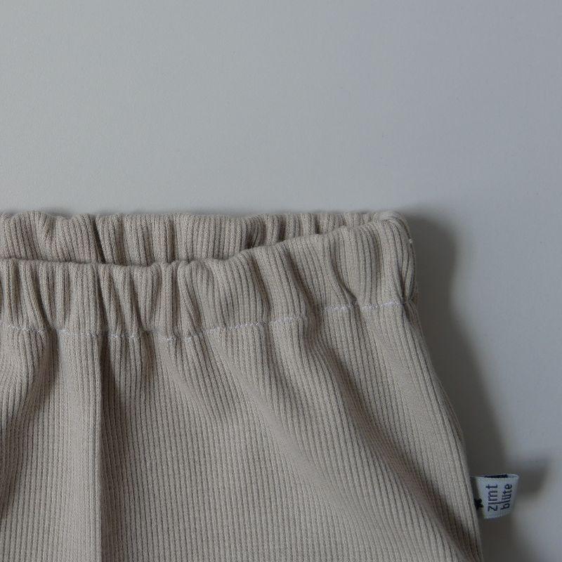 Kleinesbild - BUMMIE BEIGE aus Rippenjersey kurze Hose Handarbeit Windelhöschen von zimtbienchen für Baby / Kind
