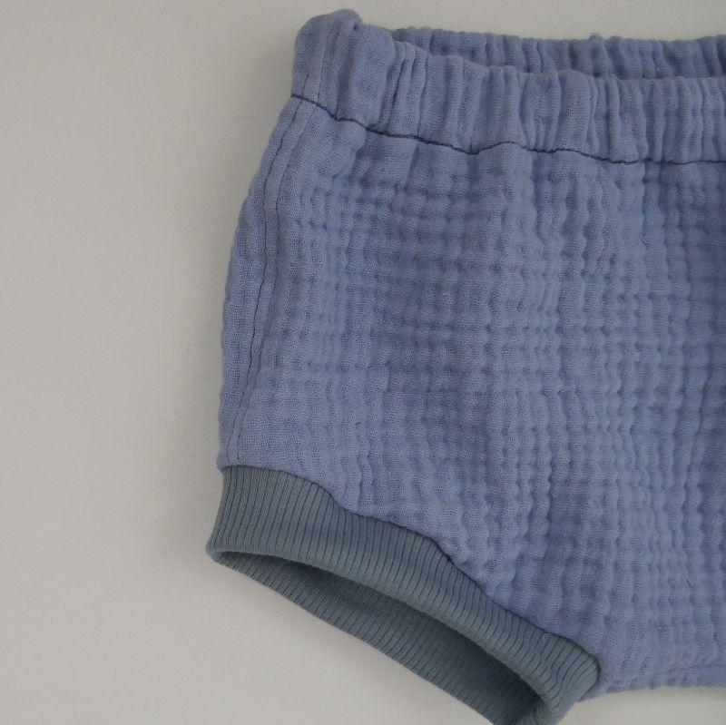 Kleinesbild - BUMMIE jeansblau Bloomers kurze Hose aus Musselin von zimtbienchen für Baby / Kind