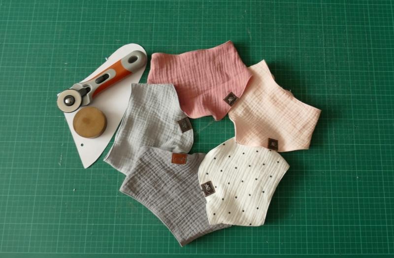 Kleinesbild - Dreiecks Tuch für Baby und Kleinkinder
