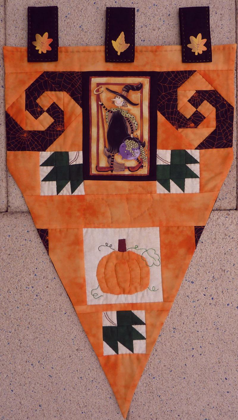 Kleinesbild - ♡ Kissen für Halloween mit gepatchten Rand in orange schwarz