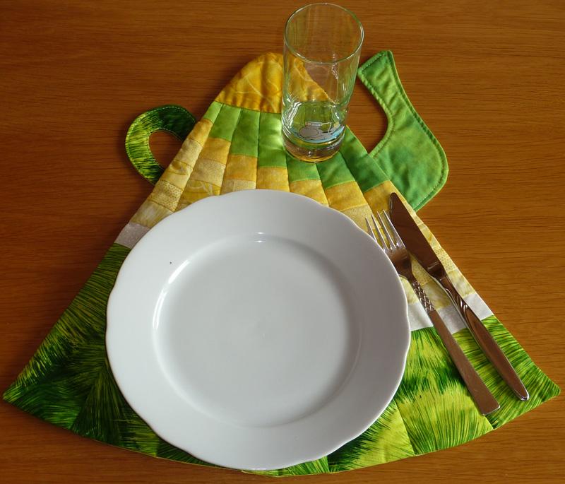 Kleinesbild - ♡ ausgewöhnliches Tischset in Form einer Kanne in leuchtenden Farben