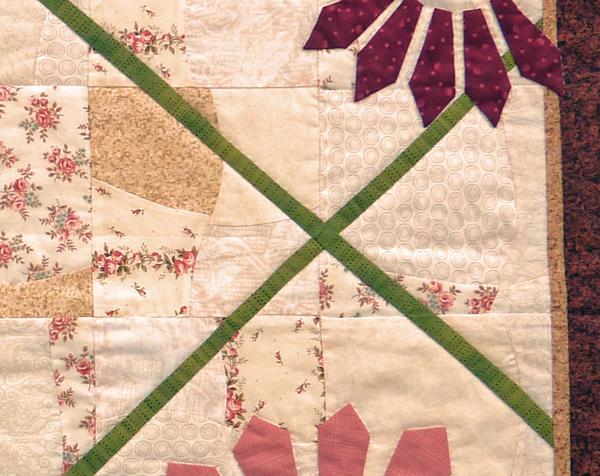 Kleinesbild - ♡ besondere Mittel oder Wandbehang mit applizierten Blüten
