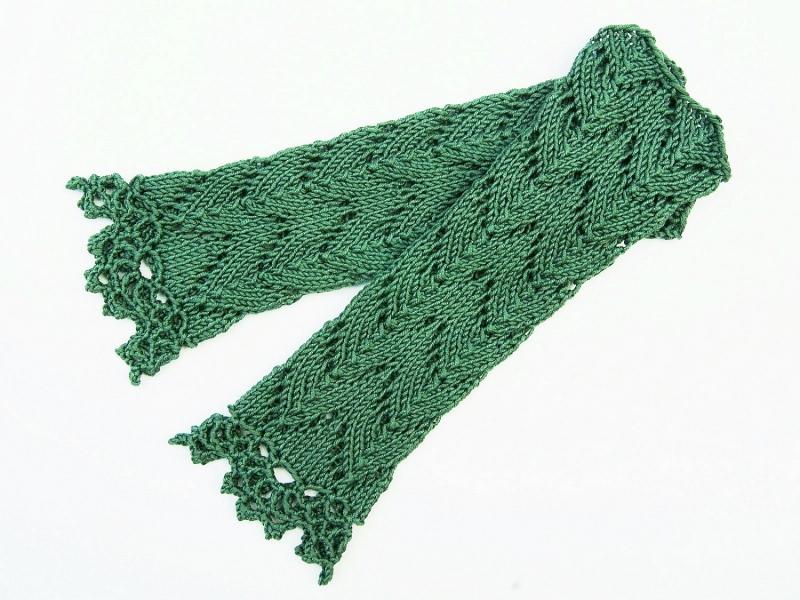 Kleinesbild - Armstulpen schilfgrün Baumwolle handgestrickt Lochmuster filigran