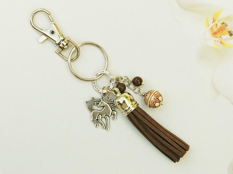 Kleinesbild - Schlüsselanhänger Taschenanhänger Pferd Quaste braun
