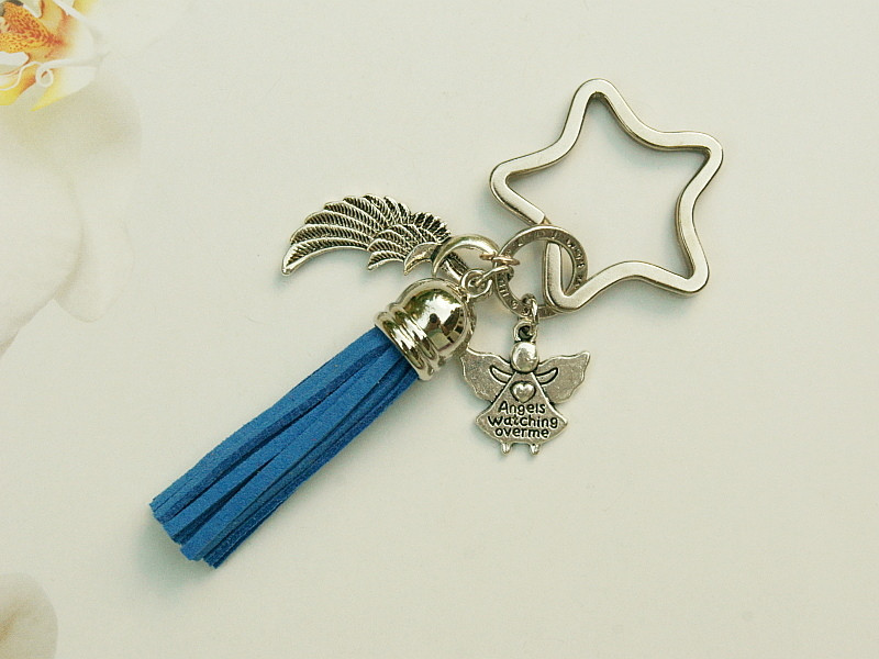 Kleinesbild - Schlüsselanhänger Glücksbringer Engel Flügel Quaste blau