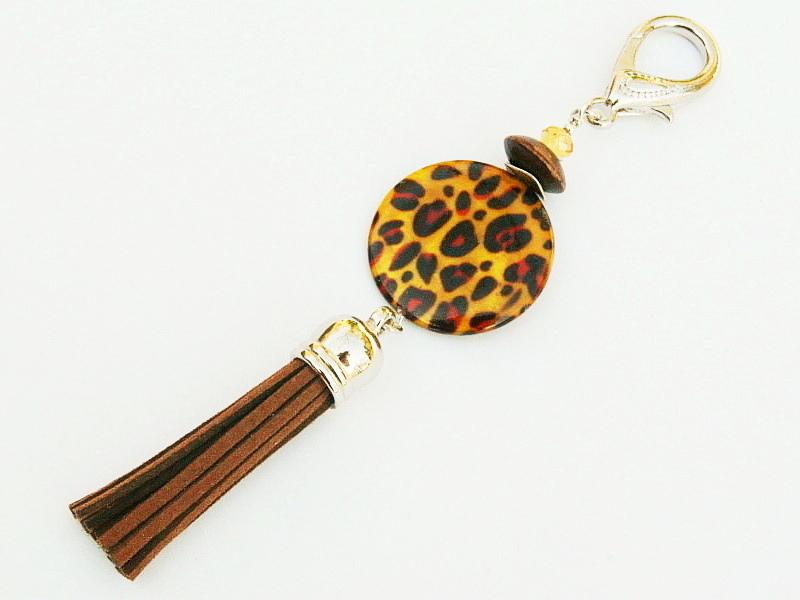 - Taschenanhänger Schlüsselanhänger Safari Afrika Perlmutt Leopardenmuster Quaste braun - Taschenanhänger Schlüsselanhänger Safari Afrika Perlmutt Leopardenmuster Quaste braun