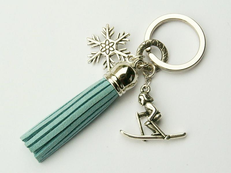 - Schlüsselanhänger Winter Skifahrer Schneeflocke Quaste blau eisblau - Schlüsselanhänger Winter Skifahrer Schneeflocke Quaste blau eisblau