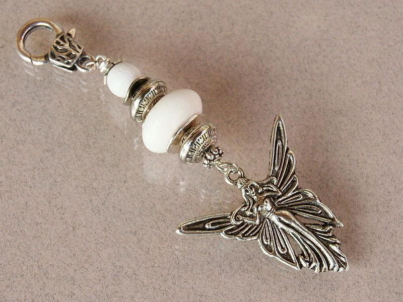 Kleinesbild - Schlüsselanhänger Taschenanhänger Kettenanhänger Engel Glücksbringer Schaumkoralle weiß