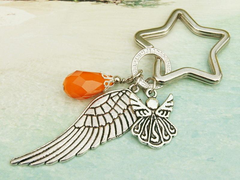 - Schlüsselanhänger Taschenanhänger Glücksbringer Engel Flügel Tropfen orange - Schlüsselanhänger Taschenanhänger Glücksbringer Engel Flügel Tropfen orange