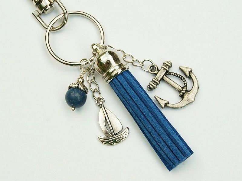 Kleinesbild - Schlüsselanhänger Taschenanhänger Anker Schiff Segelboot Quaste blau Schaumkoralle maritim
