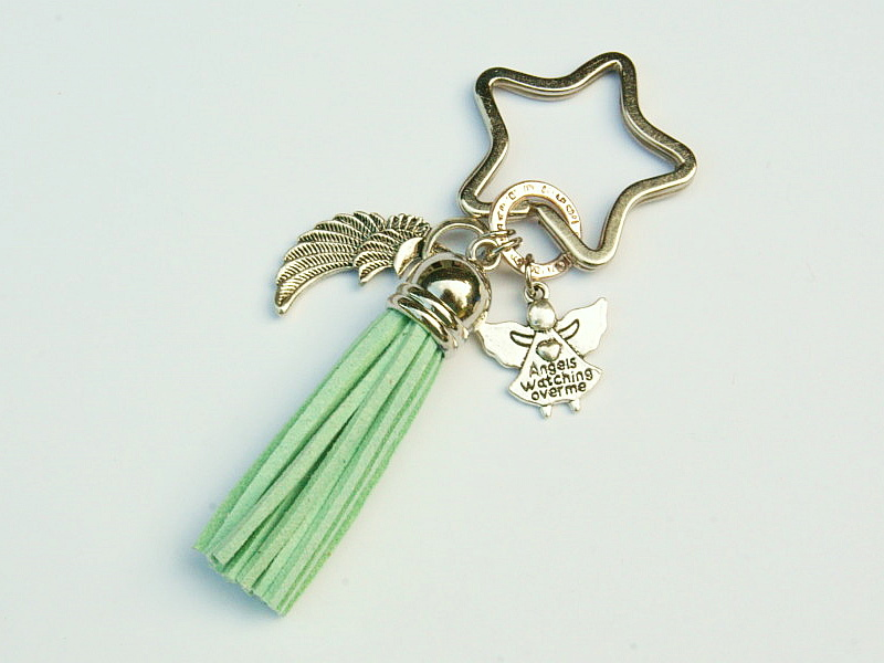 Kleinesbild - Schlüsselanhänger Taschenanhänger Glücksbringer Engel Flügel Engelsflügel Quaste grün
