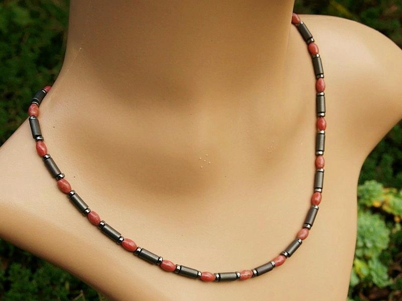 Kleinesbild - Halskette Rhodonit Oliven und Hämatit mattiert und glänzend für Frauen und Männer