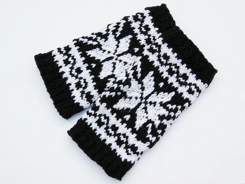 - Armstulpen schwarz weiß Wollemischung handgestrickt Norweger mit Stern - Armstulpen schwarz weiß Wollemischung handgestrickt Norweger mit Stern