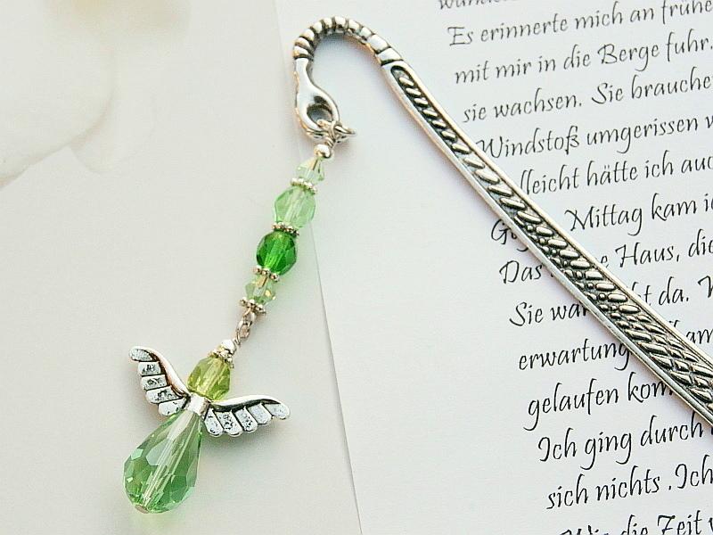 Kleinesbild - Lesezeichen groß Metall Engel Glasschliffperlen grün
