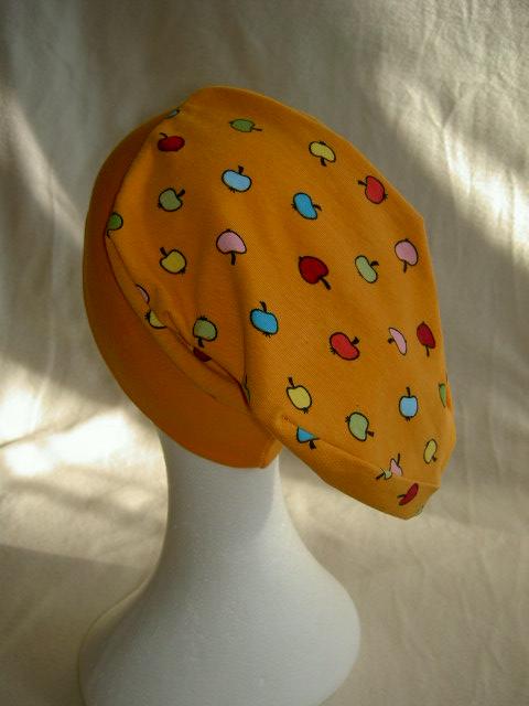 - Beaniemütze  ♥ KU 55 - 57 cm ♥ Jersey ♥ Äpfel ♥ Handmade - Beaniemütze  ♥ KU 55 - 57 cm ♥ Jersey ♥ Äpfel ♥ Handmade
