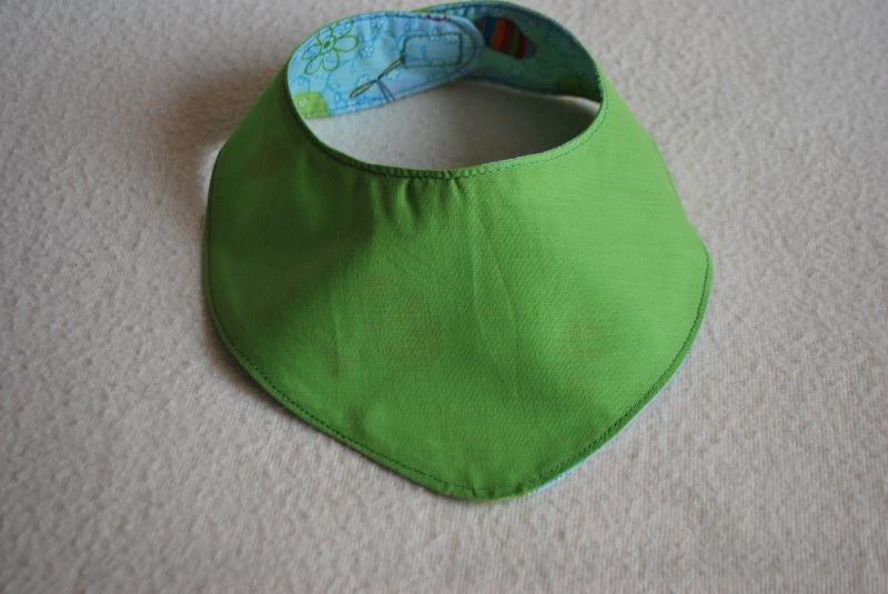 Kleinesbild - Hundehalstuch ♥ Wendehalstuch ♥ Größe L ♥ blau/ grün  ♥ Ostermotiv ♥ Handmade