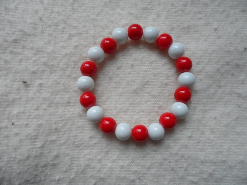 - Perlenarmband, Acrylperlen, weiß/rot - Perlenarmband, Acrylperlen, weiß/rot
