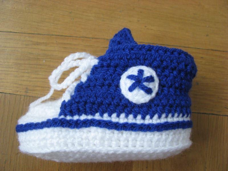Kleinesbild - Babyschuhe, gehäkelt, royalblau, 9 cm (0-3 Monate)