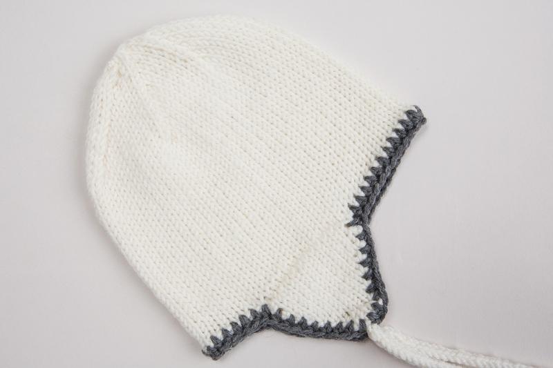 - Handgestrickte Mütze mit Ohrenklappen aus weicher Wolle (Merino) - wunderbar für windige Tage - KU 38-40 cm - Handgestrickte Mütze mit Ohrenklappen aus weicher Wolle (Merino) - wunderbar für windige Tage - KU 38-40 cm