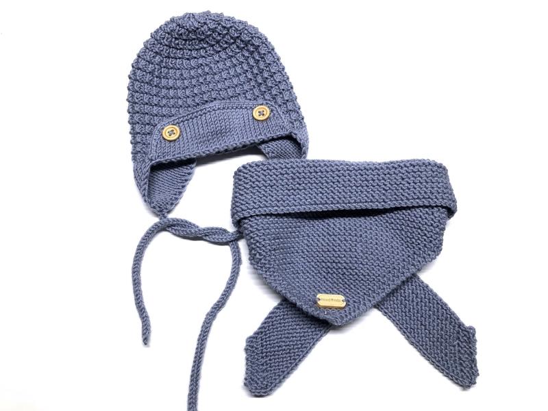 Kleinesbild - Warme Mütze für kleine Piloten - handgestickt aus weicher Wolle (Merino) in rauchblau - ein tolles Geschenk - KU 35 - 37 cm