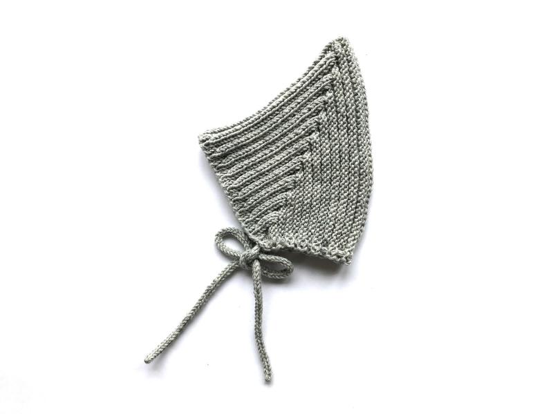 - Warme Zwergenmütze in hellgrau aus weicher Wolle (Merino) - super für kühle Tage - KU 40-45 cm (3 - 6 Monate) - Warme Zwergenmütze in hellgrau aus weicher Wolle (Merino) - super für kühle Tage - KU 40-45 cm (3 - 6 Monate)