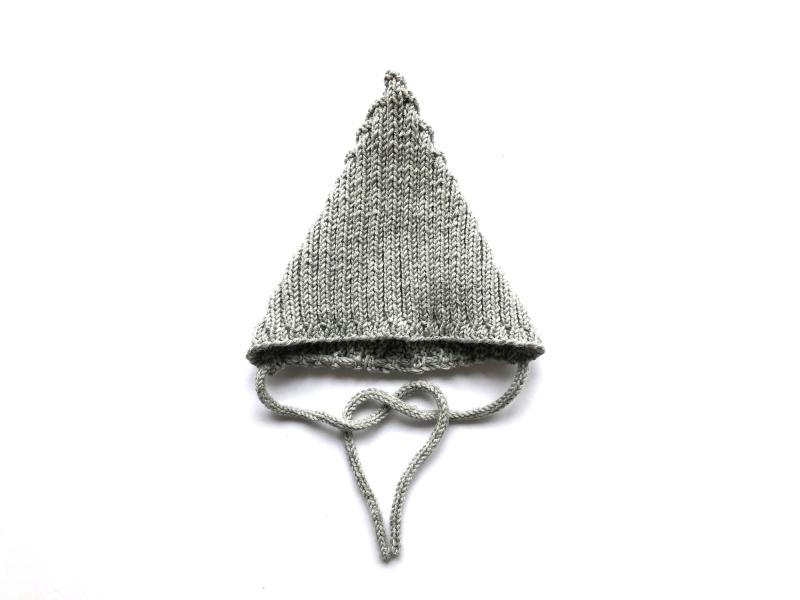 Kleinesbild - Warme Zwergenmütze in hellgrau aus weicher Wolle (Merino) - super für kühle Tage - KU 40-45 cm (3 - 6 Monate)
